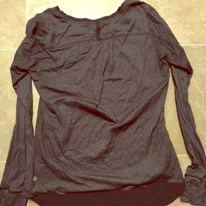 Lululemon Lightweight Long sleeve shirt- Size 8